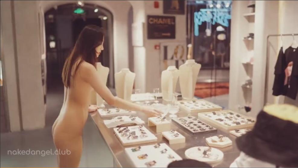 北京天使DensTinon Qinweiyingjie 全裸露出ショッピング