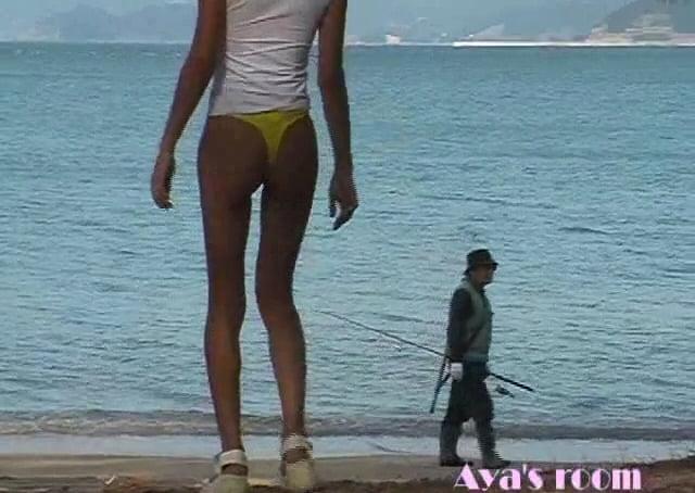 個人撮影 Aya's Room 極小パンツ一枚で露出 海近くを散策